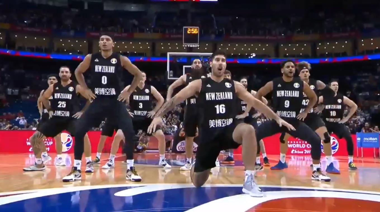 El espectacular Haka de Nueva Zelanda previo a partido contra Grecia en China 2019