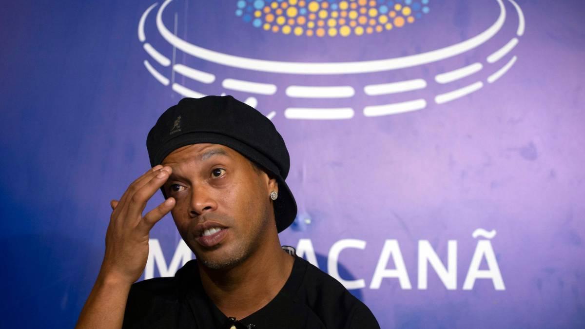 Ronaldinho deberá pagar millonaria multa para recuperar su pasaporte