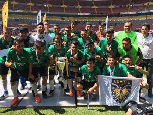 Equipo amateur llena Estadio Jalisco y empata al Atlas en títulos