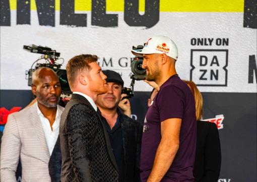 'Canelo' Álvarez ya está Las Vegas para su pelea ante Sergey Kovalev