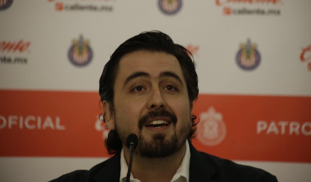 Amaury Vergara confirma alianza entre Chivas y Barcelona