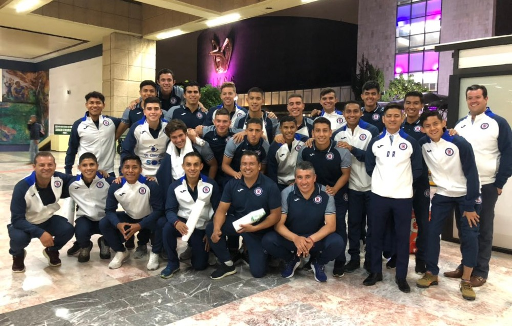 Captan a jugadores de Cruz Azul en hospital de la CDMX