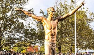 Errores en la estatua de Zlatan Ibrahimovic causan revuelo en Suecia