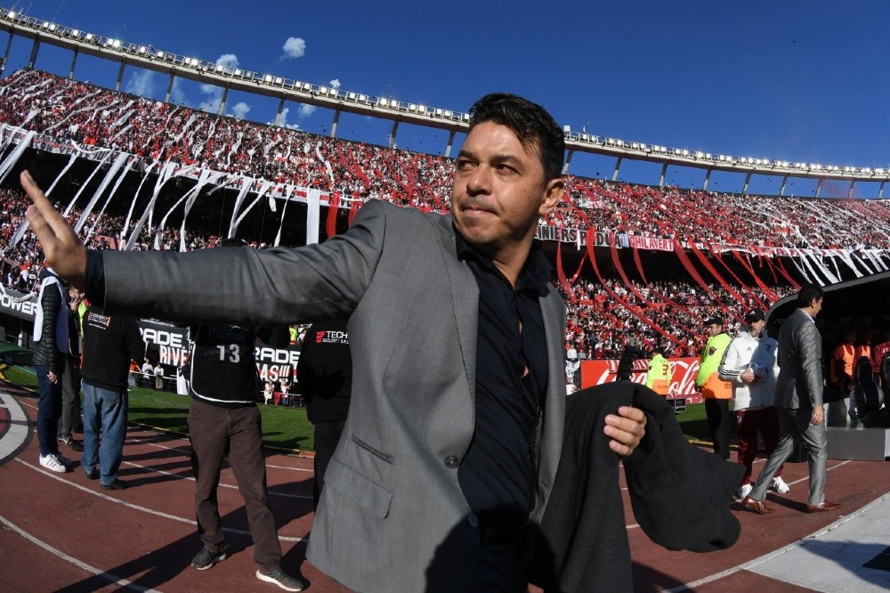 Barcelona desmiente interés por Marcelo Gallardo para suplir a Valverde