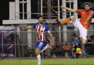 Oribe Peralta se reencuentra con el gol en el triunfo de Chivas en Copa MX