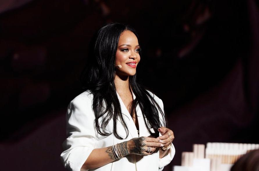 Rihanna rechazó presentarse en el Super Bowl como apoyo a Colin Kaepernick