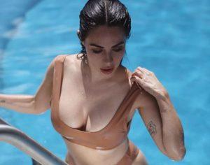 Jimena Sánchez posó desnuda en el estadio de los 49 de San Francisco