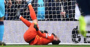 Así fue la escalofriante fractura de Hugo Lloris en el Brighton vs Tottenham