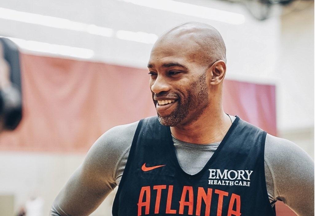 Vince Carter sigue haciendo historia con Atlanta en la NBA