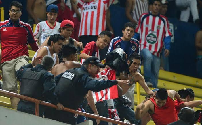 Estas son 5 broncas para recordar en estadios del futbol mexicano