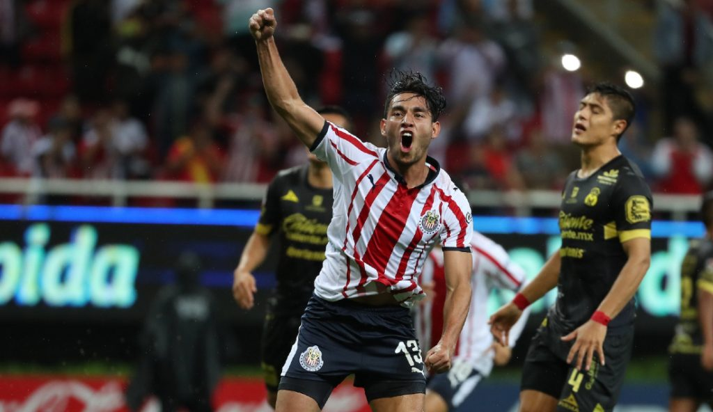 Gael Sandoval será el primer sacrificado por Peláez en Chivas