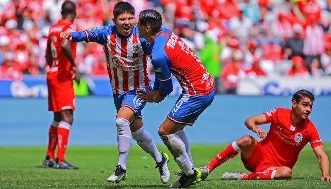 Jugadores de Chivas aseguraron contrato contra Toluca
