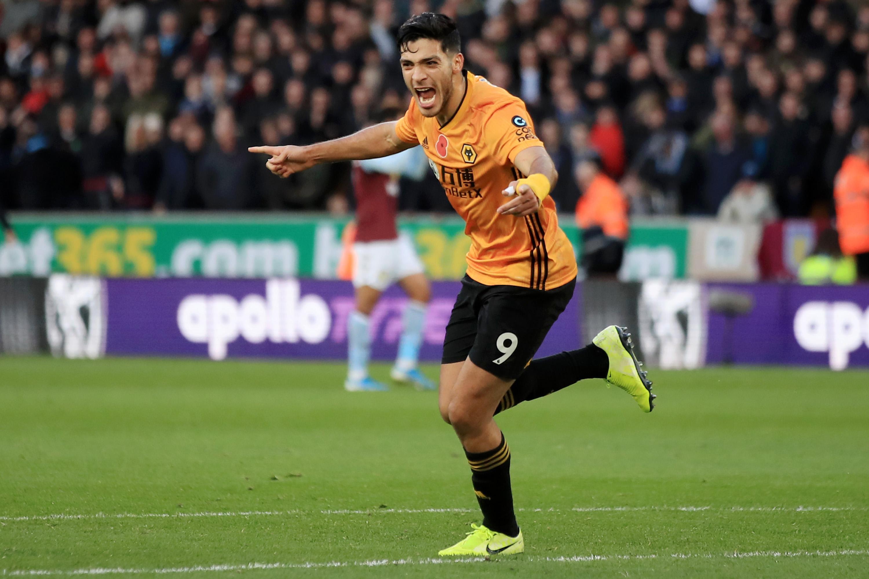 Raúl Jiménez puede hacer historia con Wolverhampton