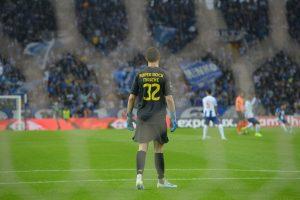Iker Casillas podría sentar a Marchesín en el Porto