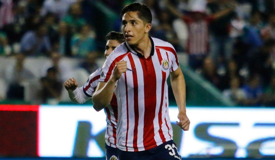Chivas pagará fichaje de Antuna a Santos con Alan Cervantes