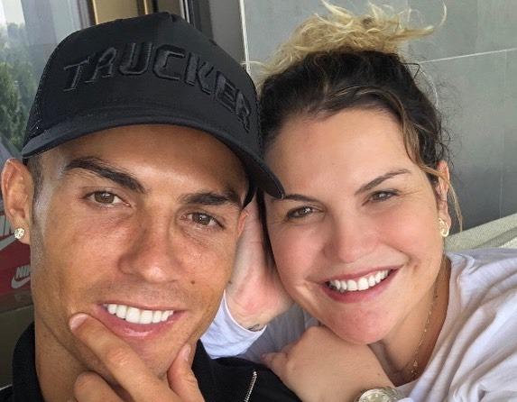 Hermana de Cristiano Ronaldo lo defiende de las burlas de Van Dijk