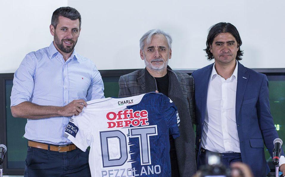 El club Tuzos del Pachuca presenta a Paulo Pezzolano