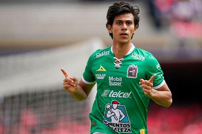 Club León no comprará a José Juan Macías a Chivas