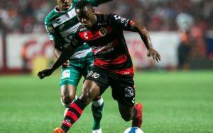 Laguneros vs Xolos dan inicio a La Liga MX