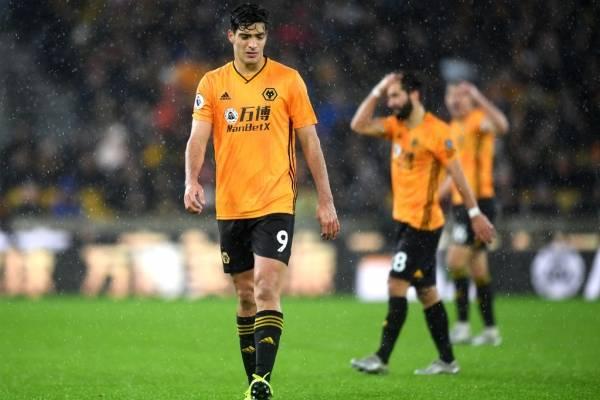 Raúl Jiménez y Wolverhampton fuera de la FA cup