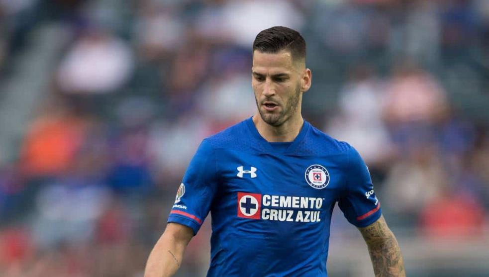 Edgar Méndez podría quedarse en Cruz Azul